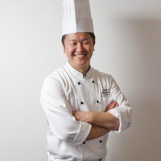 料理長平賀大輔シェフ