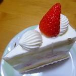 パティスリーノブヤ - ショートケーキ