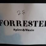 フォレスター - まだ看板はなく紙を貼っただけ