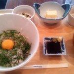 サンドグラスカフェ - しらす丼定食