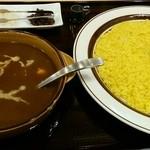 Indie - スープのようなチキンカレー&ライス大盛り(無料)