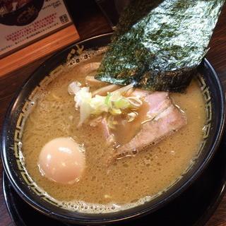 さんさんなな - 中華そば(790円)+味玉(ホットペッパークーポン)2015年10月