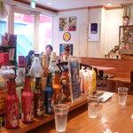 ホットドッグ・カフェ ブラッツ - 店内の様子