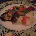 43940228 - ムール貝、剣先イカ、燻製サンマのサラダ