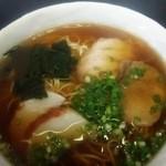 食事処かもめ - 中華そば(520円)