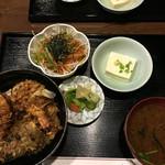 えび田 - 天丼820+サラダ100