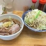 43947648 - つけめん 中盛 野菜増し+ニンニク+生姜