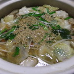 もつ鍋・水炊き 博多若杉 - もつ鍋(醤油味)
