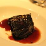 イノウエ グリリア - 2015年10月 ほほ肉の赤ワイン煮こみ これで半分です