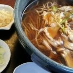 蕎麦屋びくとりー - 料理写真:かしわそば(税込620円)