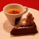 アルコバレーノ - デザートは「クレームブリュレ」と「ガトーショコラ」です。