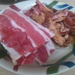 焼肉番長 - 牛カルビ、壺付けジンギスカン