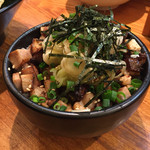 博多らーめん とんこつ家 高菜 - 料理写真:チャーシュー丼(ラーメンとセット注文で380円)