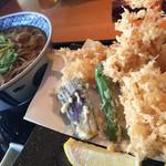 京ぜん - 料理写真:大海老天丼ぷら蕎麦