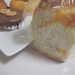 ちいさなパン畑 - かぼちゃでキュー1/2♪さつまいもでキューが売り切れてました(´;ω;`)