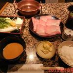 しゃぶ亭 - 豚しゃぶ定食(ランチ)シングル ¥885(税込み)