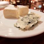 43972274 - チーズ二種
