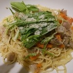 ピッツェリア&カフェ ドムス オルソ - 豚ミンチと根野菜のラグパスタ