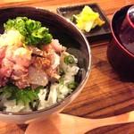 43975120 - ~MORI-MESHI 小田原店~                       ランチ:地魚たたき丼                       ※写真は1/2人前