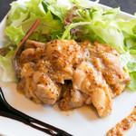 県産若鶏のハニーマスタードソース