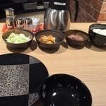 天ぷら 嵐 - 料理写真:天つゆ温かいのが嬉しい。