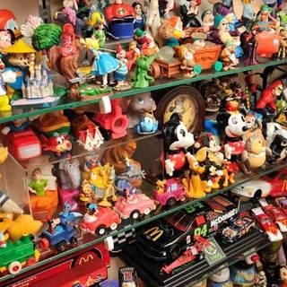 愉しさいっぱいのコレクションが飾られています。