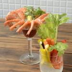 手づかみシーフード Makky's The Boiling Shrimp - カクテルシュリンプ