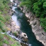 4399784 - 厳美渓の急流。岩に開いた丸い穴は流れの激しさのためだそうです。