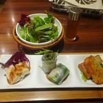 43992333 - 「スペシャルランチセット」(1580円)セットの前菜とサラダ