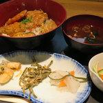 Yahiromarunishikikou - ランチ「漁師の魚介天丼 850円」