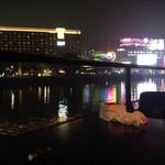 43997525 - 中洲の夜景と、ときどき灰皿、そしておしぼり。