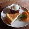 喫茶 チロリ - 料理写真:ケーキセット(ドリンク付) 700円