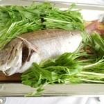 すし屋の中川 - 鯛姿蒸し