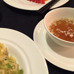 スーツァン・レストラン陳 - 炒飯(¥2139)、焼豚(¥2970)