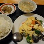 一品香 - 黒キクラゲ玉子炒め定食