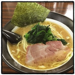 百麺 中目黒店 - 太麺。 この時間はアカン。