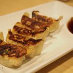 TOKYO豚骨BASE - ハーフ餃子(5個)