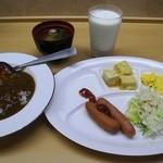 ファインデイズホテル - 料理写真:朝食バイキング 品種は少なく軽朝食と言ったところか…