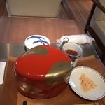 俵屋吉富 - 本蕨餅