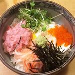 丸万寿司 - 丸万丼
