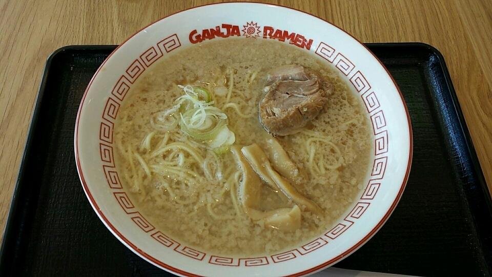 ガンジャ ラーメン 菖蒲PA店