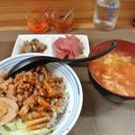 44019088 - 魯肉飯定食(600円)