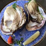 夕日レストラン - ぷりっぷり岩牡蠣