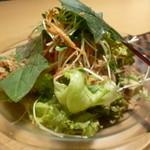 ブロス - 海老とアボカドのサラダ
