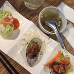 44025526 - ランチ                       前菜とスープ