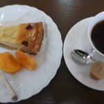 サン珈琲 - 料理写真:ケーキセット