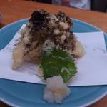 割烹 美さわ - 天然まいたけの天ぷら 800円