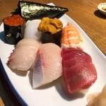 海鮮市場 長崎港 - 上にぎり見た目より美味しい(o^^o)