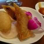 中華ビストロうちだ - コース料理の キノコの春巻とハムスイコー