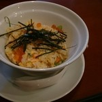 中華ビストロうちだ - コース料理の 鮭とイクラの親子炒飯